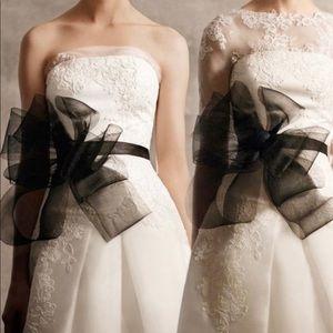 Vera Wang dress bow